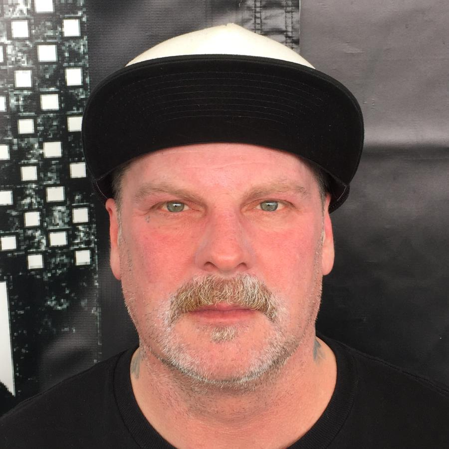 Eric Dressen Headshot Photo