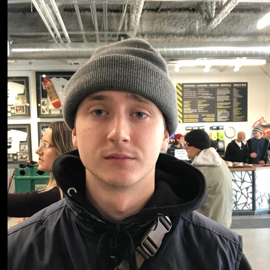 Ryan Dorozynski Headshot