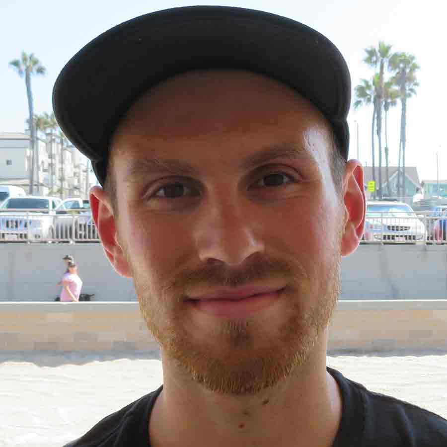 Dan Foley Headshot