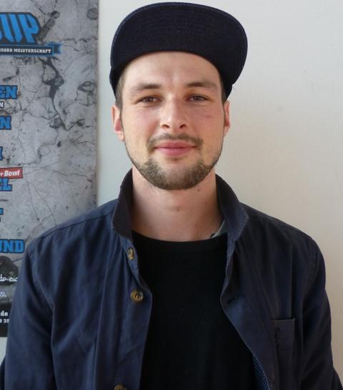 Vladik Scholz Headshot Photo