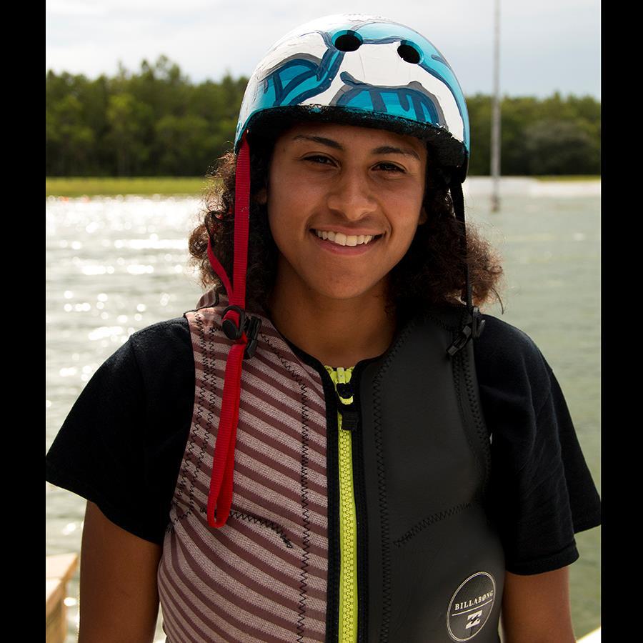 Priscilla Cruz Headshot Photo