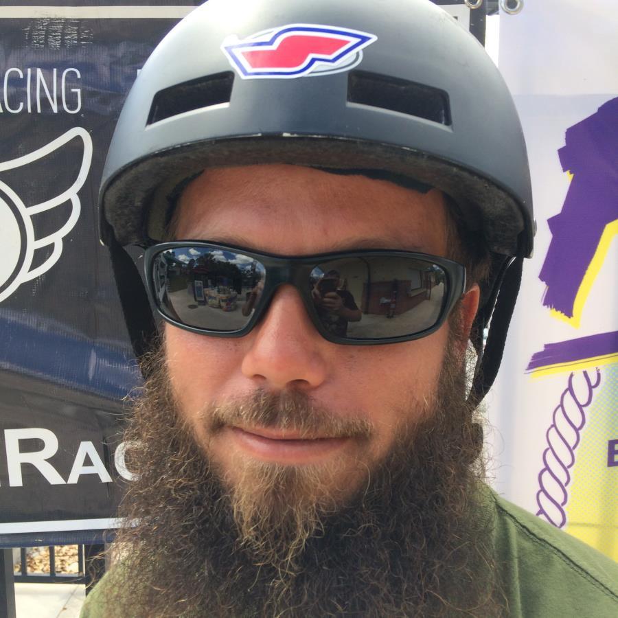 Adam Dzikiewicz Headshot