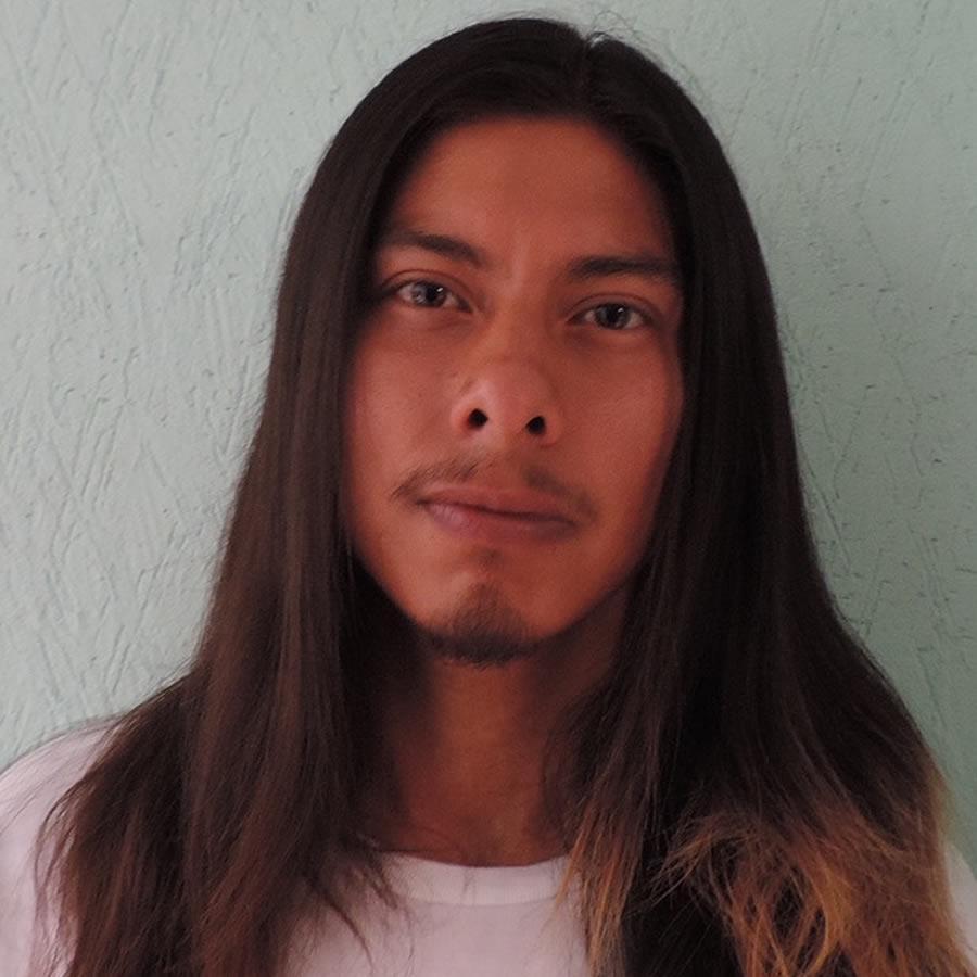 Hector Tehuitzil Headshot Photo