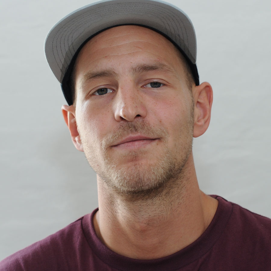 Koffe Hallgren Headshot Photo