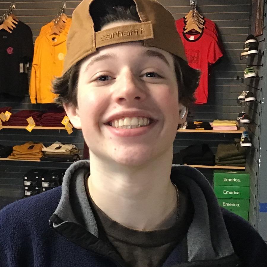 Bennett Stovern Headshot Photo