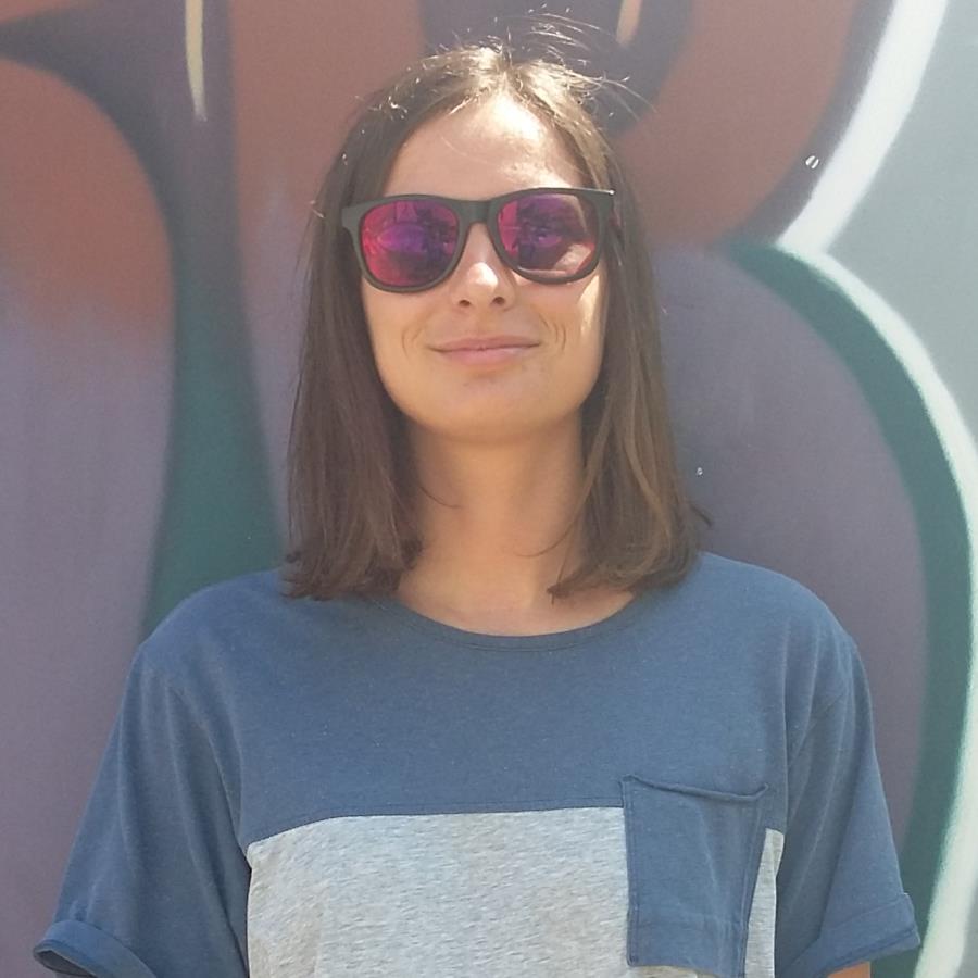 Agata Katarzyna Headshot Photo