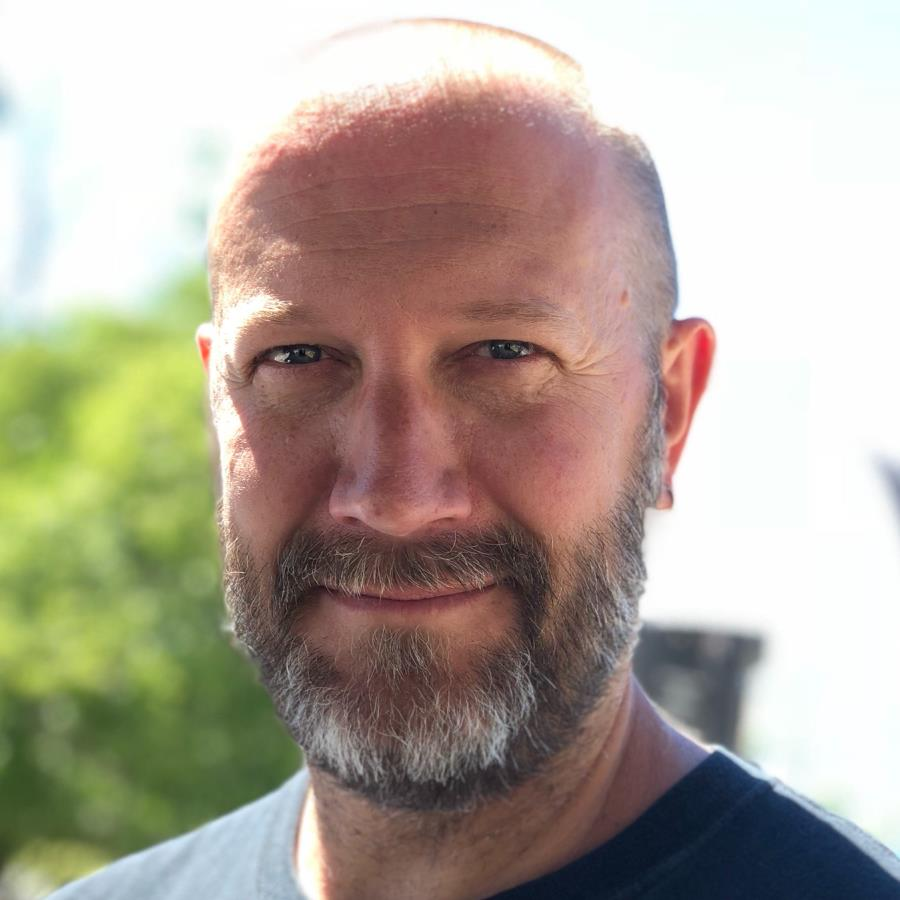 Chris Cassell Headshot Photo