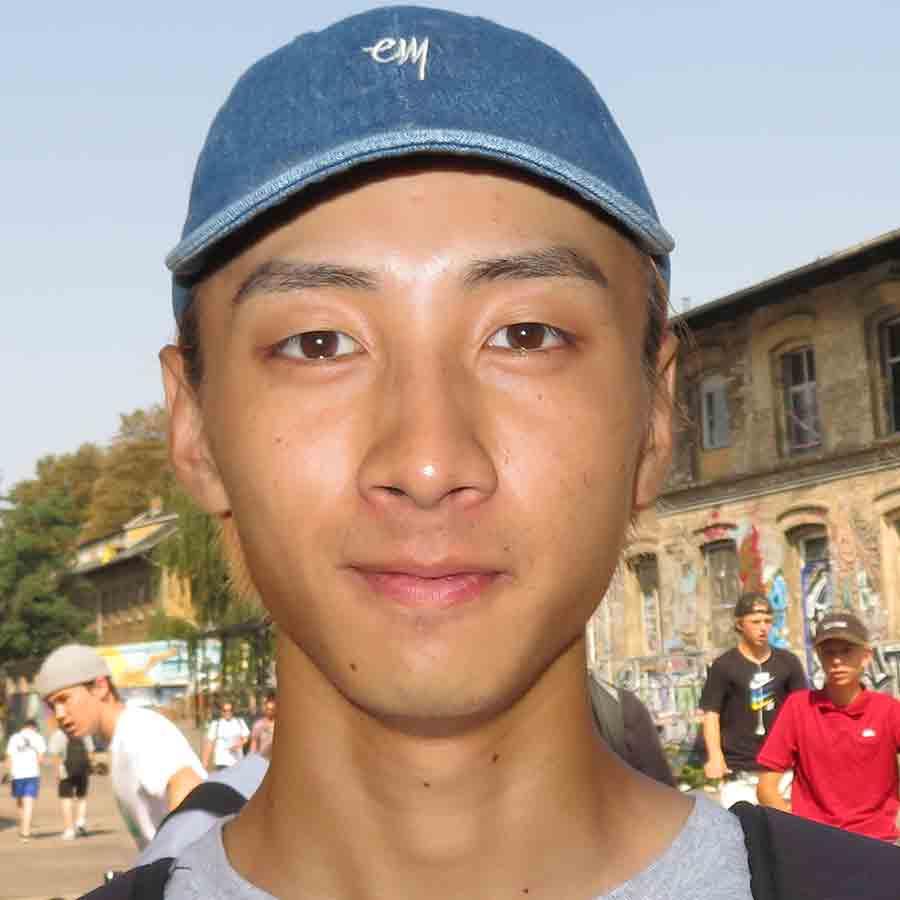 Takeshi Kageyama Headshot Photo