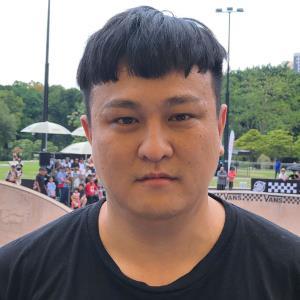 Chi Siang Low