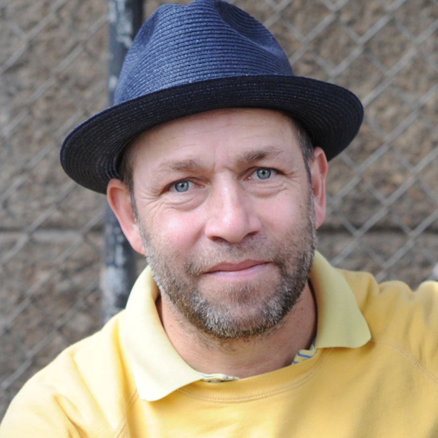 Mark Gonzales Headshot Photo