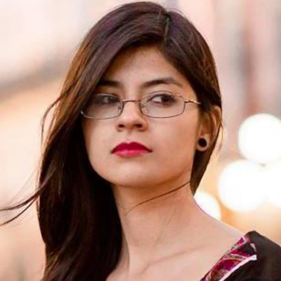 Daphne Licona Chamu Headshot