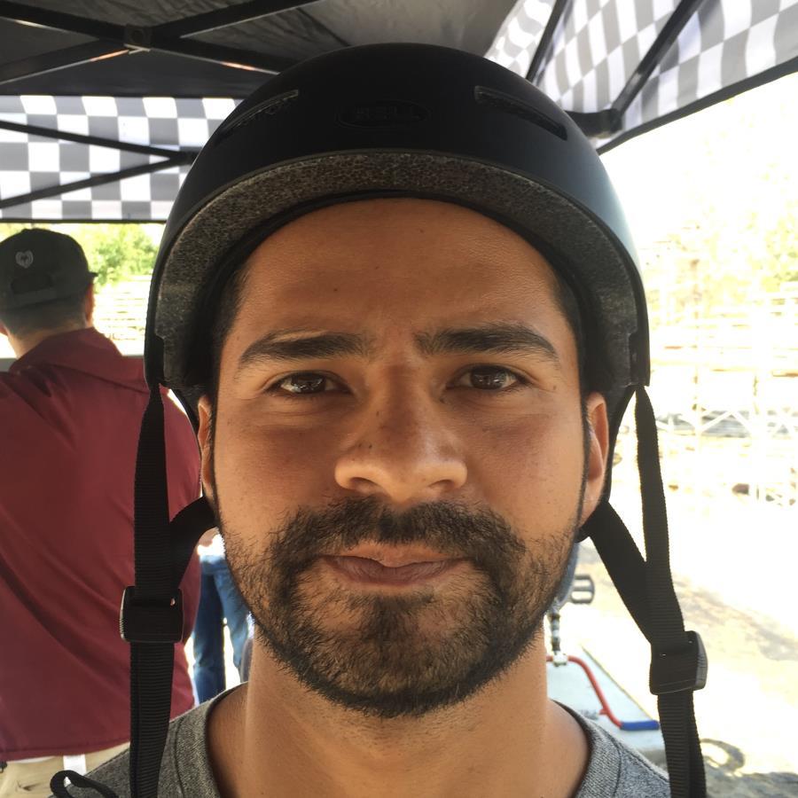 Luis Medena Headshot