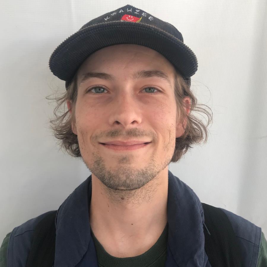 Tyler Bledsoe Headshot Photo