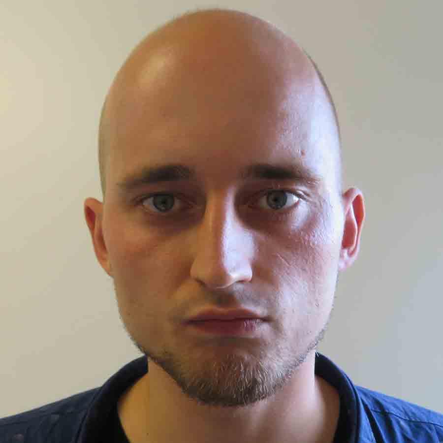 Szymon Stachon Headshot