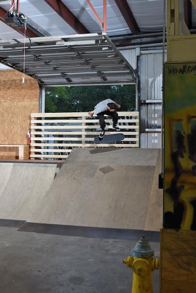 Scenes from The Boardr HQ Free Skate Sessions - Backside Flip