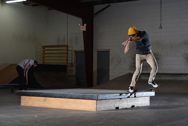 Scenes from The Boardr HQ Free Skate Sessions - 180 NG