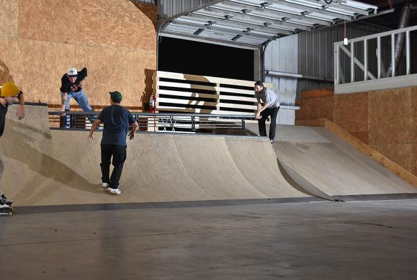 Scenes from The Boardr HQ Free Skate Sessions - Stack