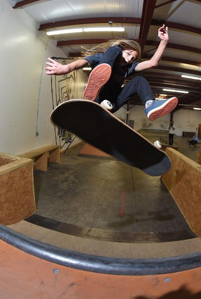 Scenes from The Boardr HQ Free Skate Sessions - Front Heel