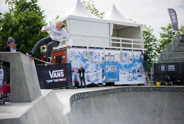 Vans Park Series at Malmo - Nose Stall Fakie