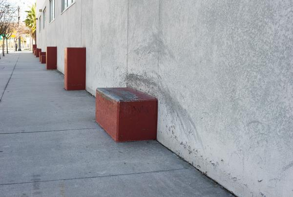 Short Wall Ledges Downtown Tampa