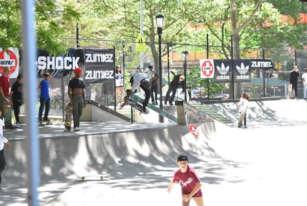 The Boardr Amateur Skateboarding at NYC - Ripping