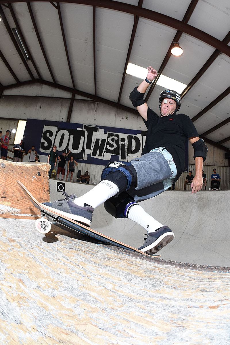 Grind for Life Series at Houston - Front Rock
