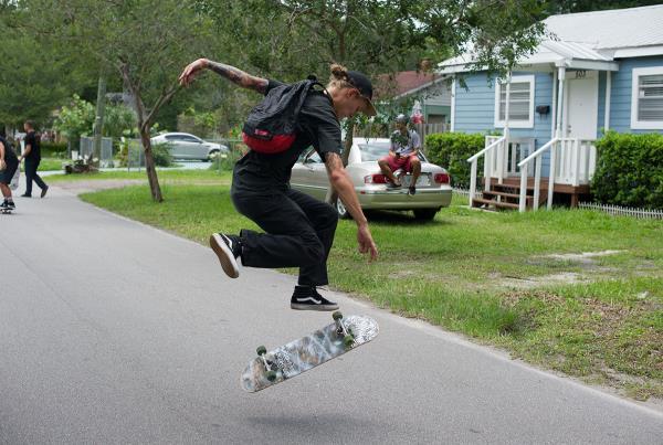 SHMF Go Skateboarding Day - Nollie Tre