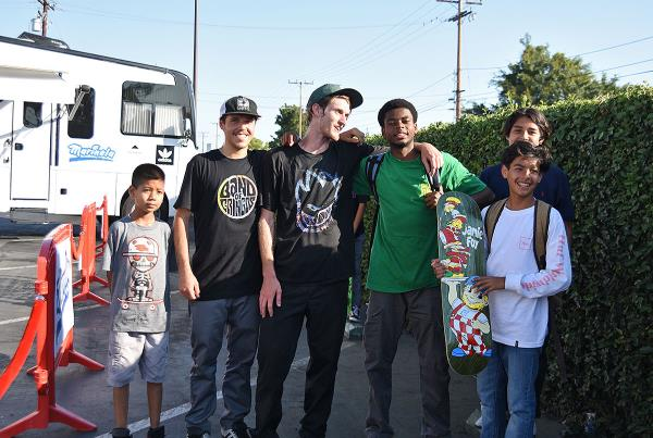 Marinela Skateboarding Demos - Hookup