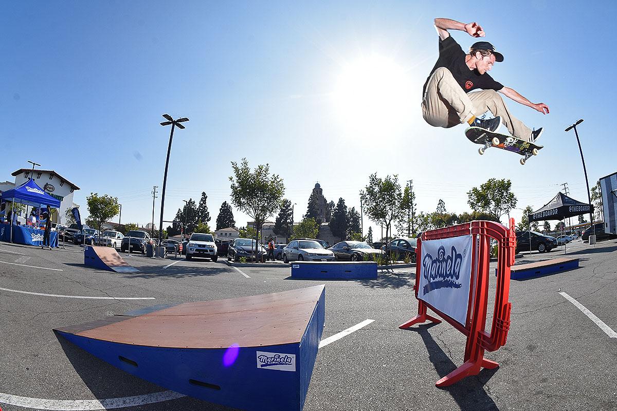 Marinela Skateboarding Demos - Kickflip Pop