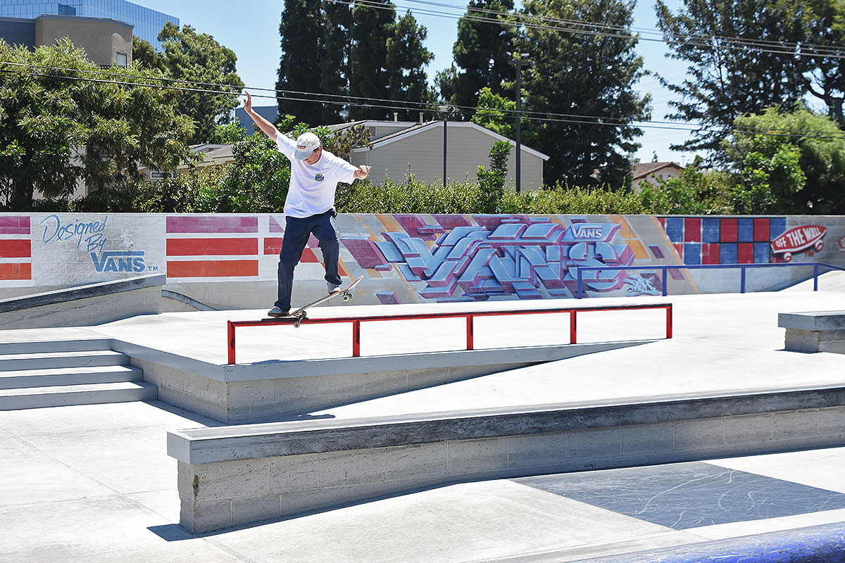 The Boardr Am Huntington Beach - Nollie Nosegrind