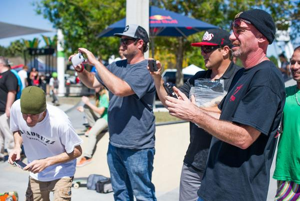 Parents and Kids Skateboarding Contest