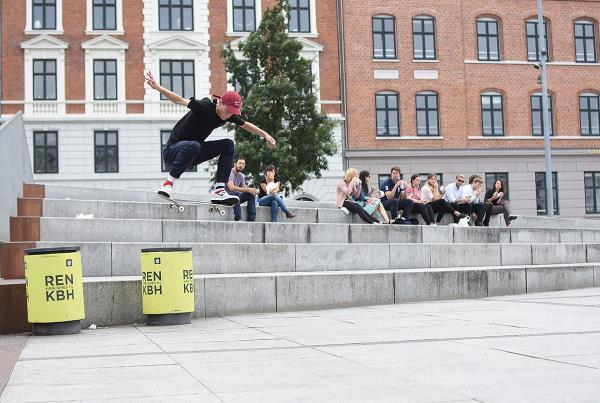Copenhagen 2017 Extras - Fakie Ollie