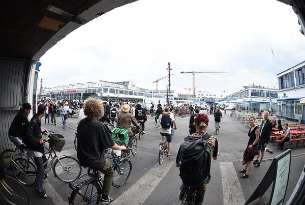 Copenhagen 2017 Extras - Movin On