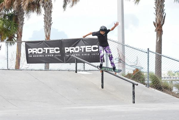 Grind for Life at Bradenton 2017 - Proper Feeble