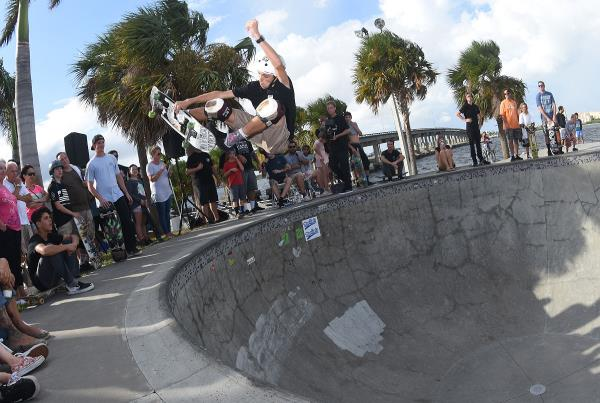 Grind for Life at Bradenton 2017 - Frontside to 1st
