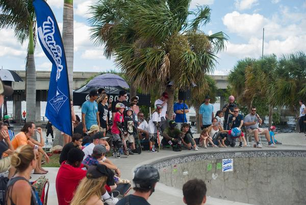Grind for Life at Bradenton - Bowl Crowd