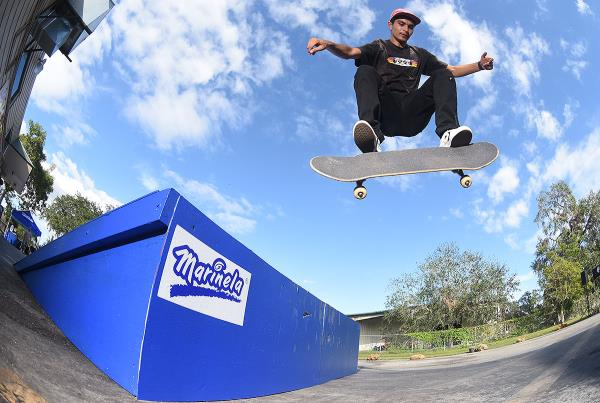 Marinela Demos in Florida - Kickflip