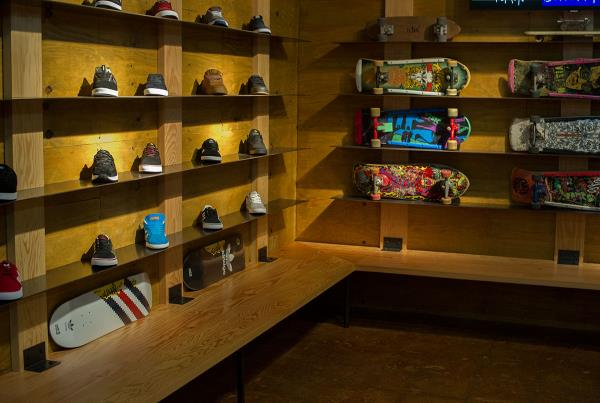 The Boardr Bland Opening Shoe Wall Built