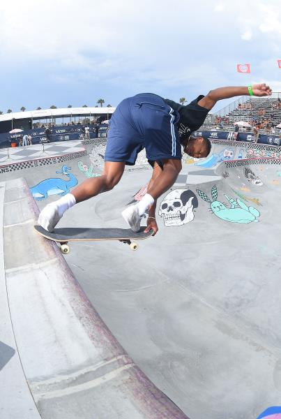 Extras from Huntington Beach VPS - Ishod Crail