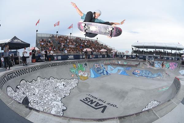 Extras from Huntington Beach VPS - Jagger FS Ollie