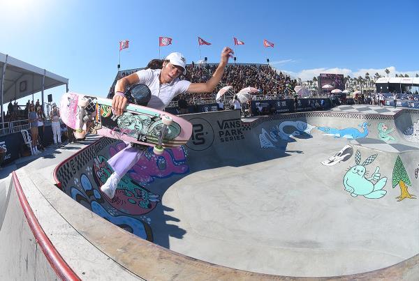 Extras from Huntington Beach VPS - Nora Boneless
