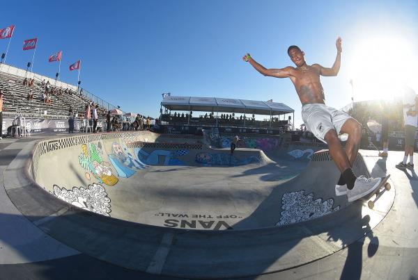 Extras from Huntington Beach VPS - Ishod Front Feeble