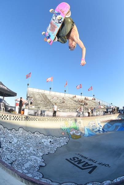 Extras from Huntington Beach VPS - Karl Backside Nosegrab