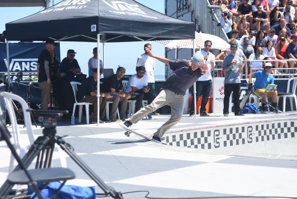 Extras from Huntington Beach VPS - Jagger Lipslide