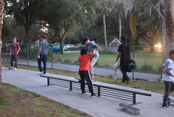 The Boardr BBQ at the Dream Driveway - Skateboard Lessons