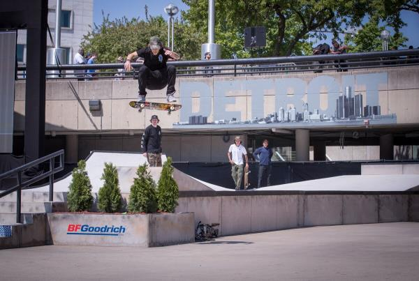 Red Bull Hart lines - Somers Photos - Bachinsky FS Flip