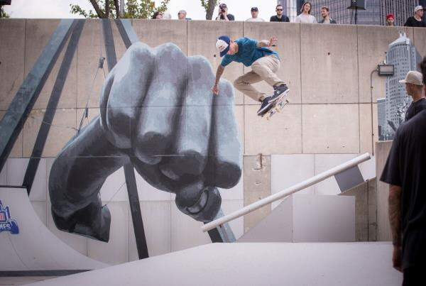 Red Bull Hart lines - Somers Photos - Red Bull Hart lines - Somers Photos - Sheckler Ollie