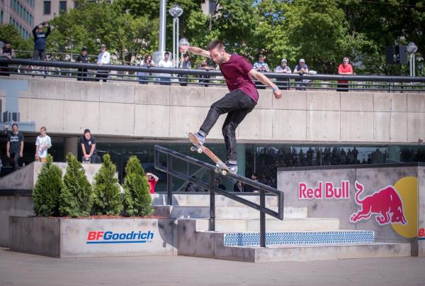 Red Bull Hart lines - Somers Photos  - Joe Front Blunt