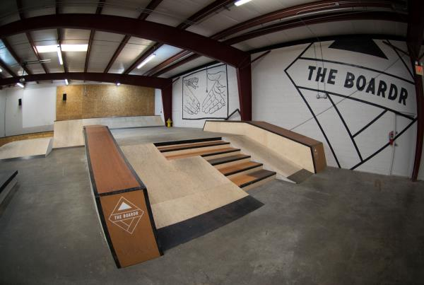 A Tour of The Boardr Store and Facilities in Tampa - Step up, Stairs, Ledges