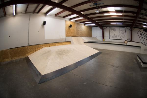 A Tour of The Boardr Store and Facilities in Tampa - Hip